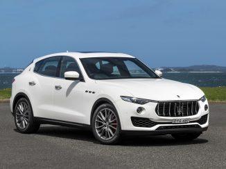 2019 Maserati Levante 350 front qtr