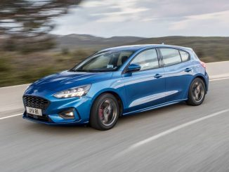 2019 Ford Focus ST-Line Hatch Review front