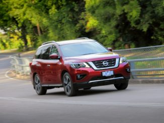 Nissan Pathfinder TI FRONT QTR