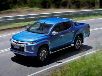 2019 Mitsubishi Triton GLS 4WD driving