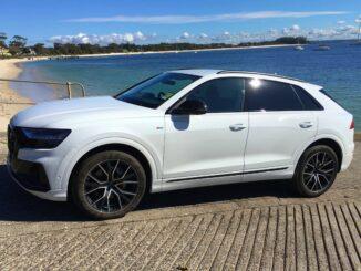Audi Q8 50 TDI S-LINE QUATTRO left front qtr